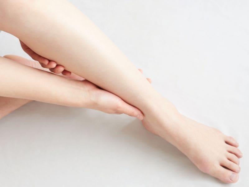 男性の本音「足」のムダ毛